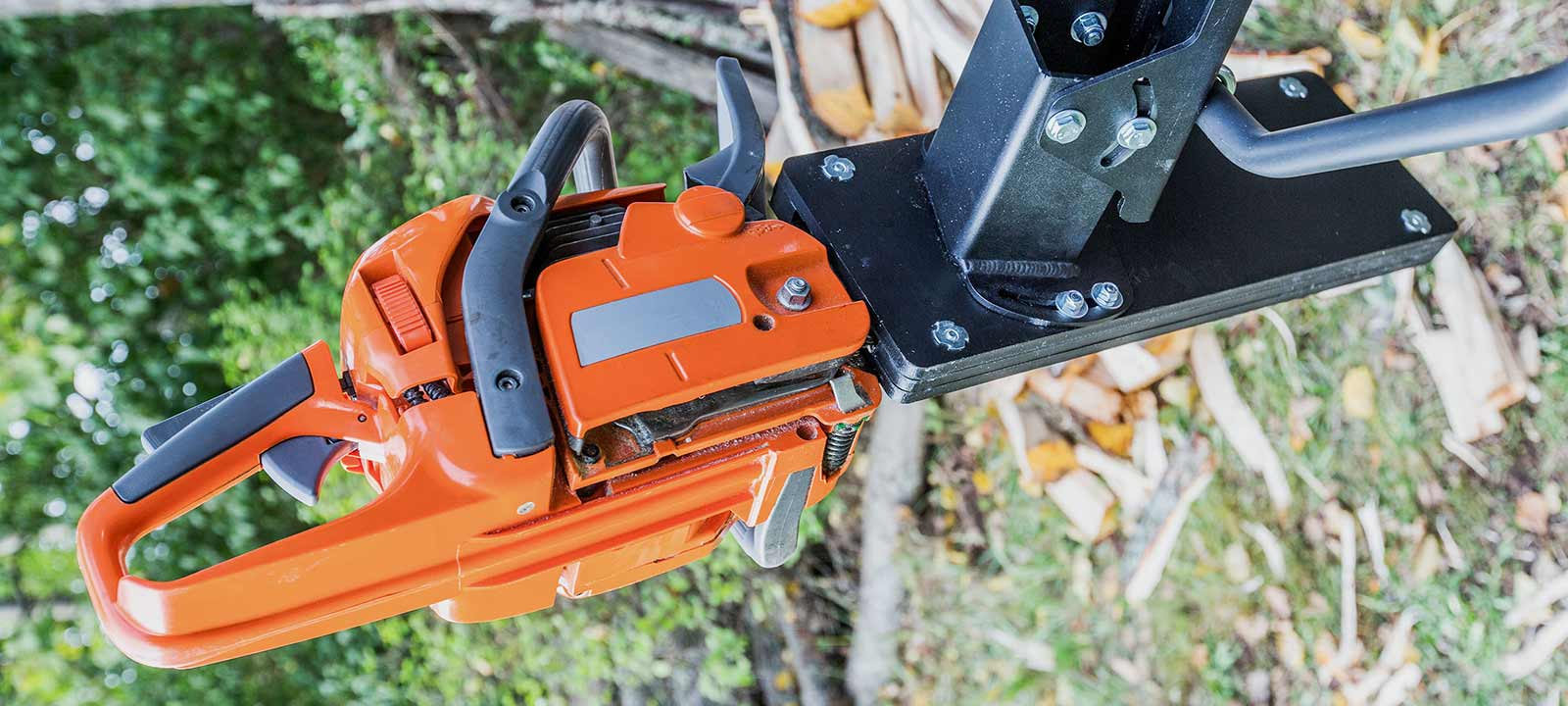 atv chainsaw holder