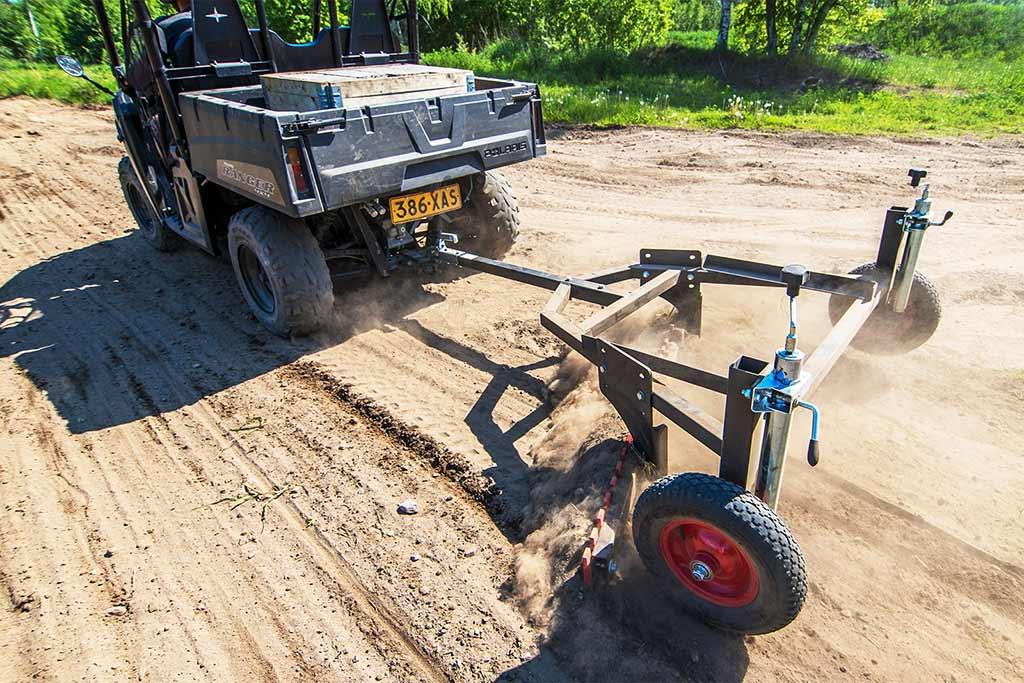 Road Graders & Scrapers | Iron Baltic