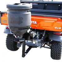 "Universal spreader 57L rack and 2"" receiver fitment"